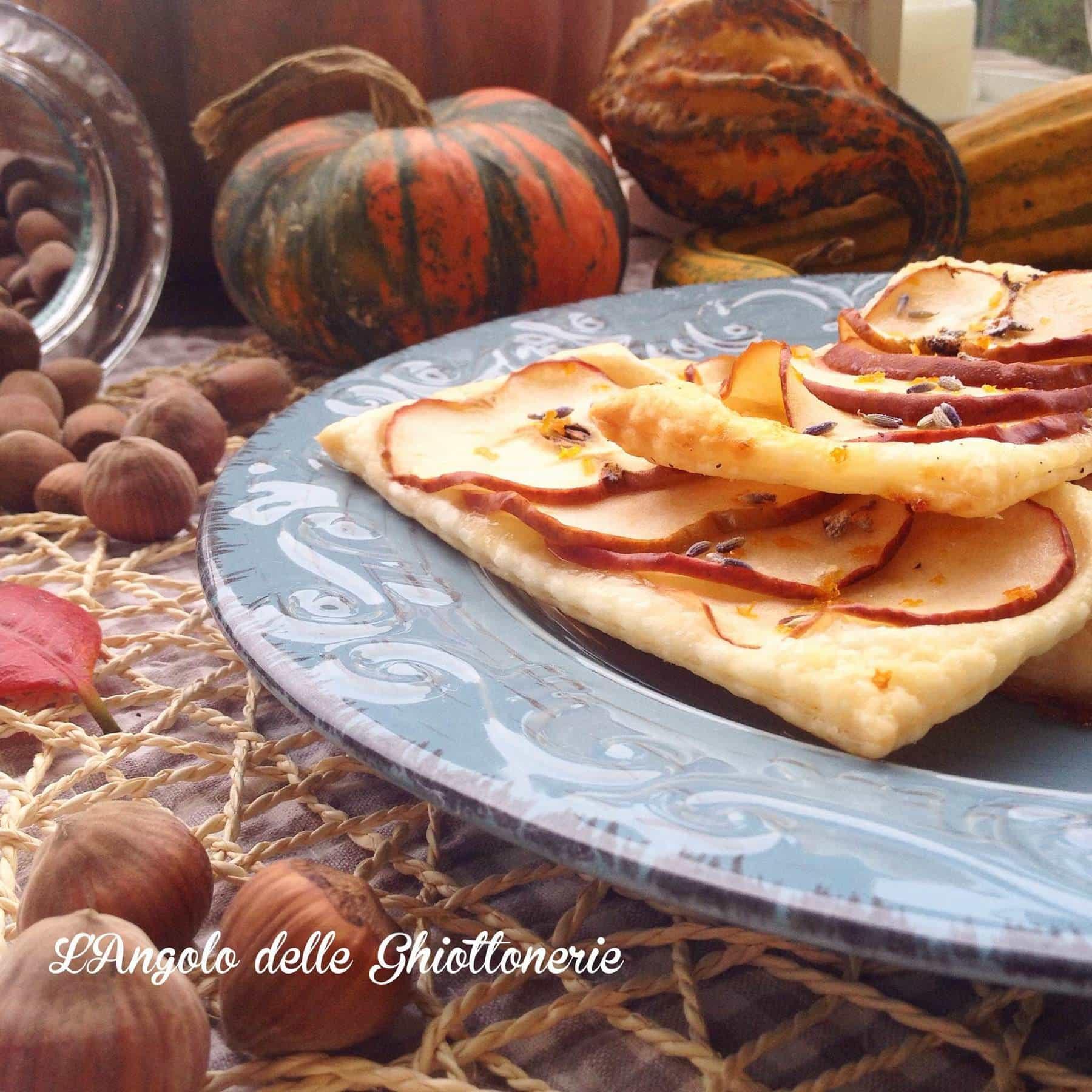Sfogliatine dolci di mela