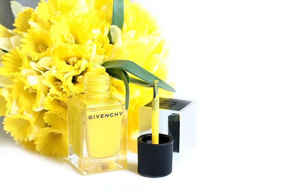 givenchy-le-vernis-24-jaune-expression-mat-avis-test-swatch