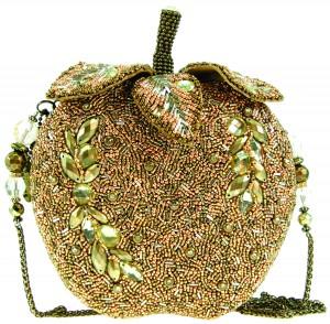 """Borsa """"Golden Apple"""" della mini collezione """"Food & Beverage"""" Mary Frances by AIbijoux."""