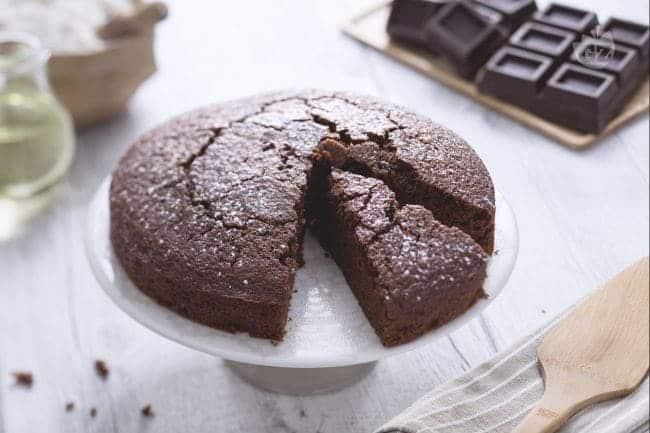Torta integrale al cioccolato fondente