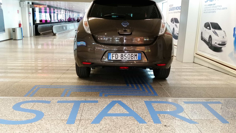Sulle strade del futuro con Nissan