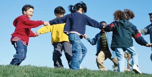 bambini-giocano