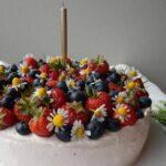 torta fragole e mirtilli