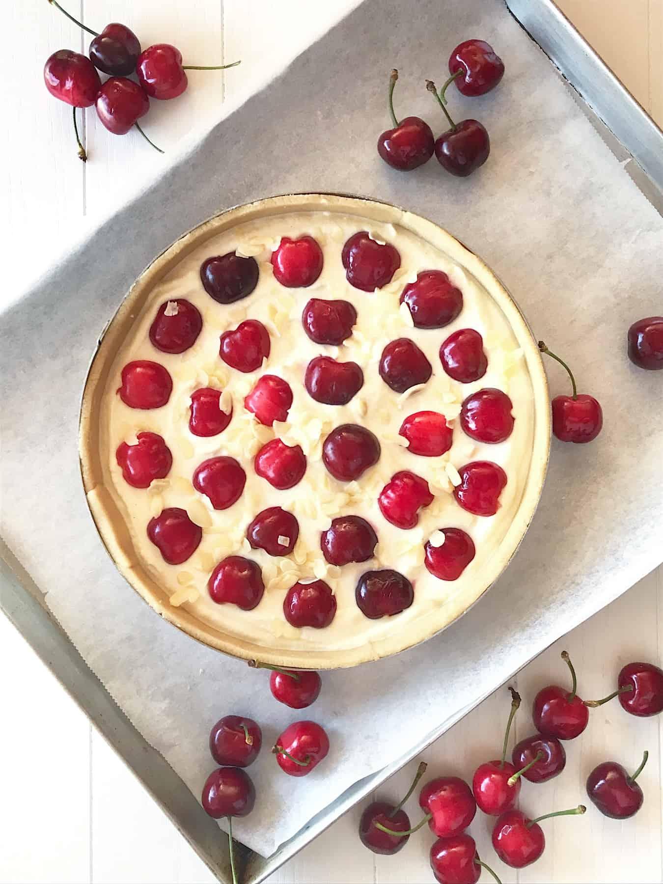 crostata senza glutine alla ricotta e ciliegie