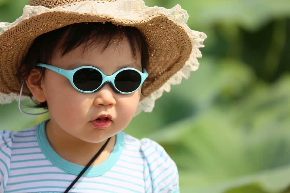 Come affrontare il caldo con i bambini. Sei pratici consigli!