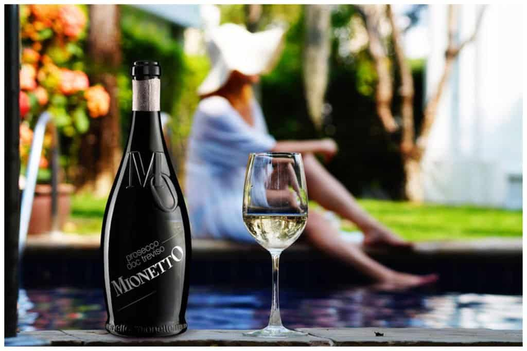 Godetevi l'estate con il Prosecco DOC Treviso Extra Dry-MO Collection FOTO
