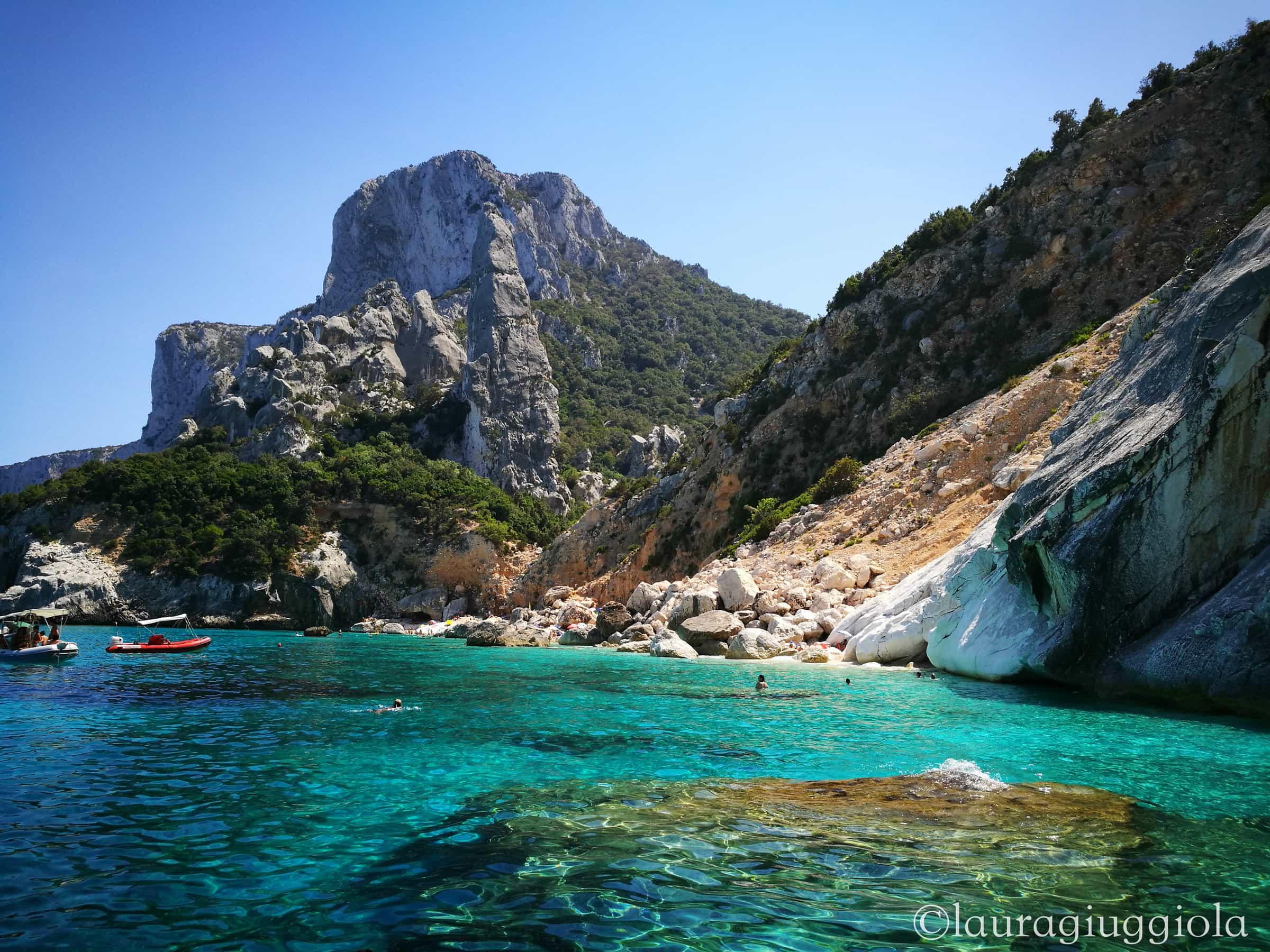 Sardegna un vero e proprio paradiso con acque cristalline for Isola che da il nome a un golfo della sardegna