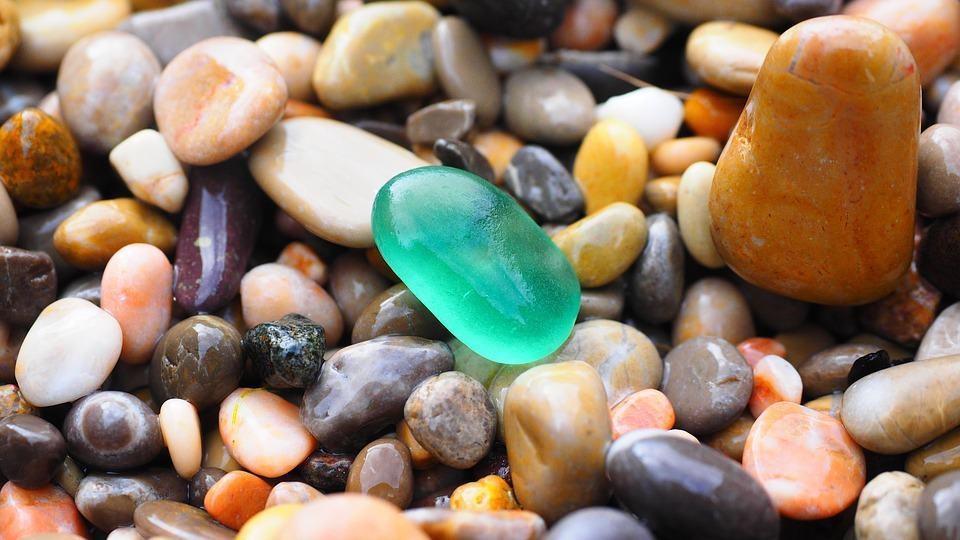 pebbles-1090536_960_720