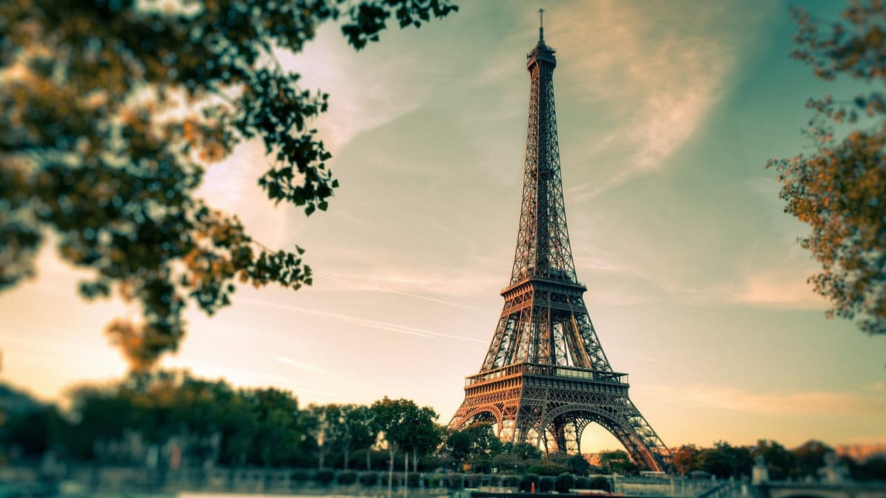 Parigi, oltre i grandi classici