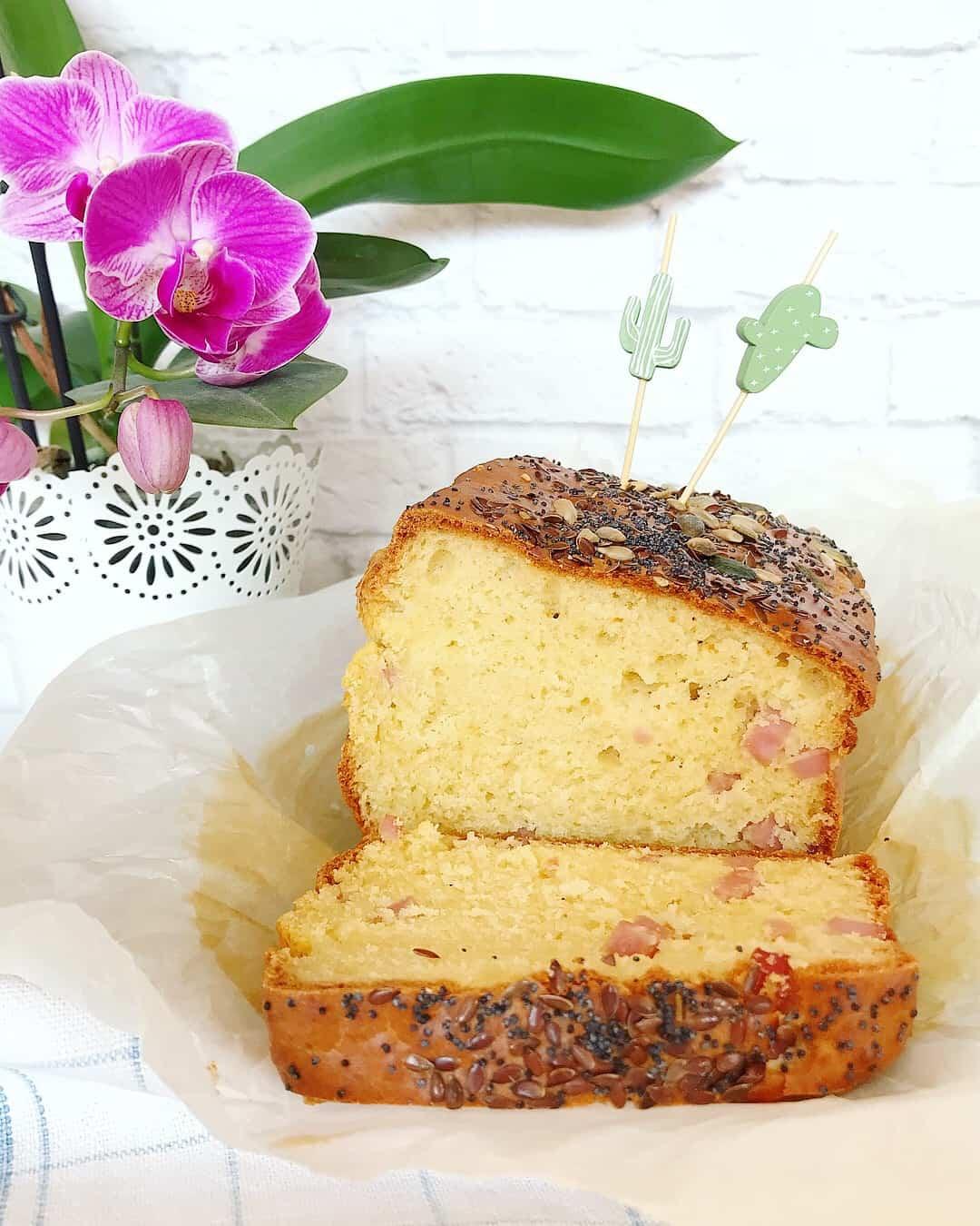 Plumcake salato al prosciutto e formaggio senza glutine