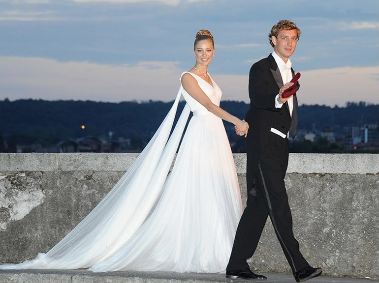 royal wedding beatrice borromeo pierre casiraghi
