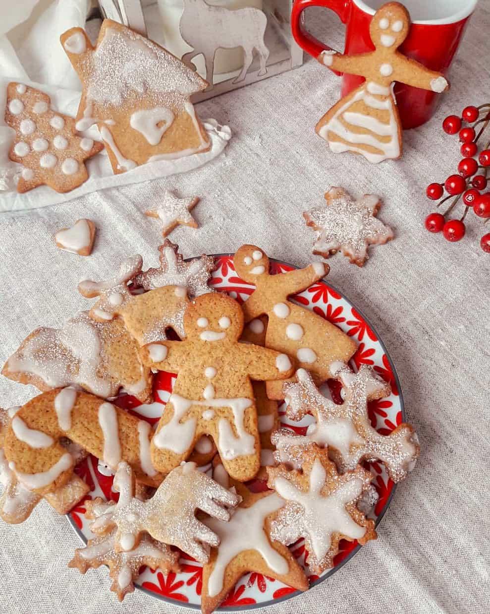 Biscotti speziati allo zenzero e cannella: cookies gingerbread