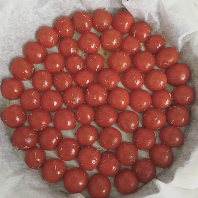 tarte tatin di pomodori ciliegini