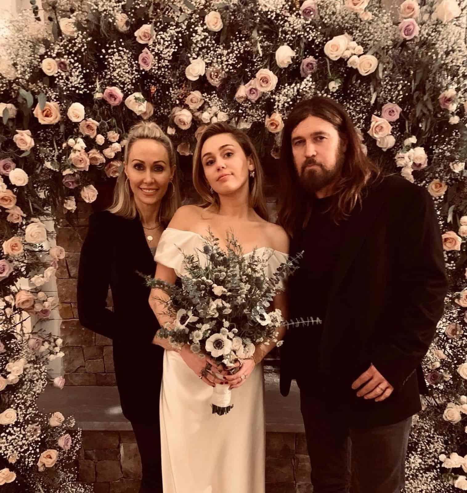 Cyrus nozze