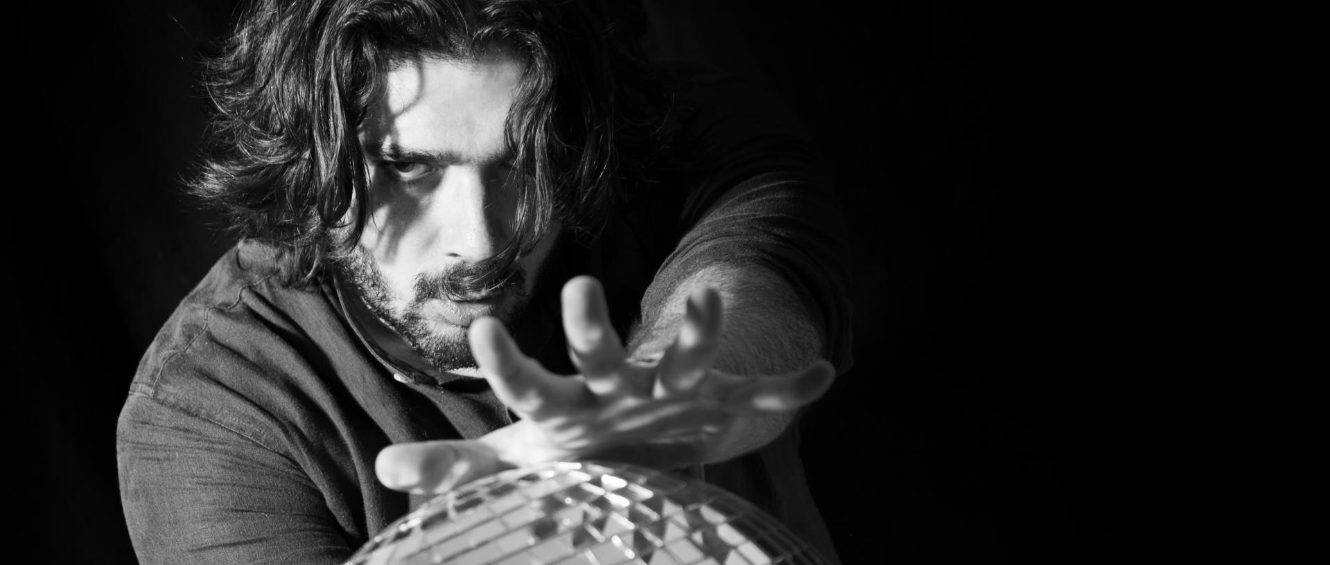 Zeno Cavalla: attore e scrittore