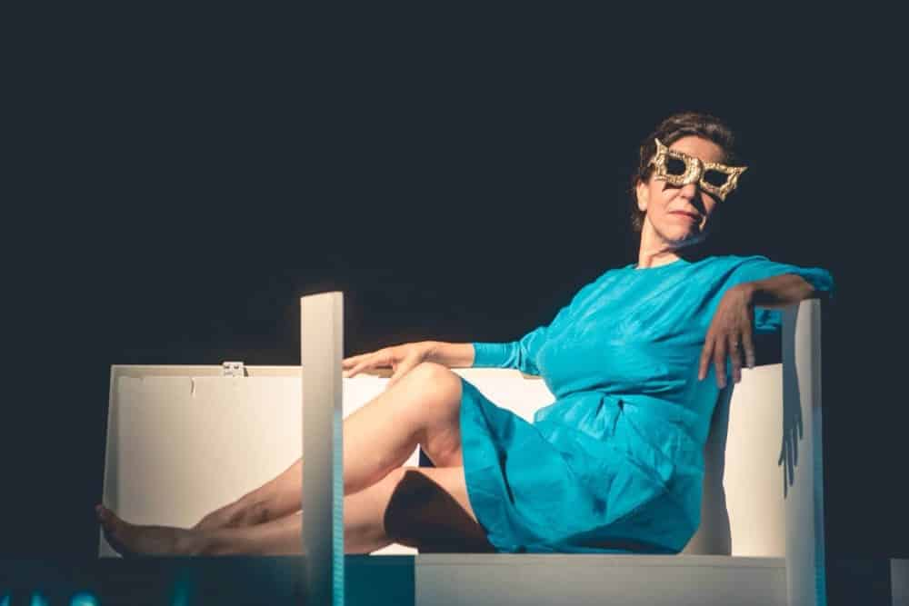 """""""Woman before a glass"""" con Caterina Casini"""