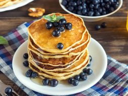 Pancakes with blueberries, walnuts and honey