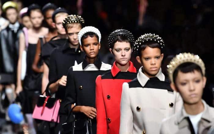 Cerchietto: l'accessorio cult di questa primavera