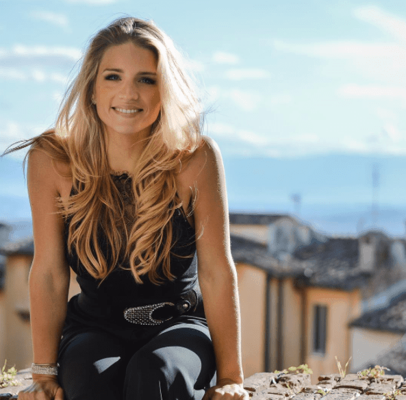Intervista ad Ilaria Di Vaio: Crumbs of Life
