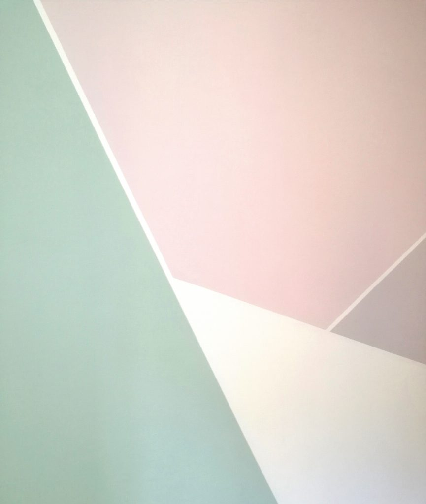 pareti con disegni geometrici