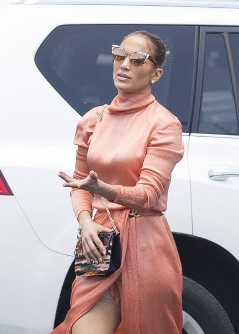 Intimo modellante: anche Jennifer Lopez lo usa