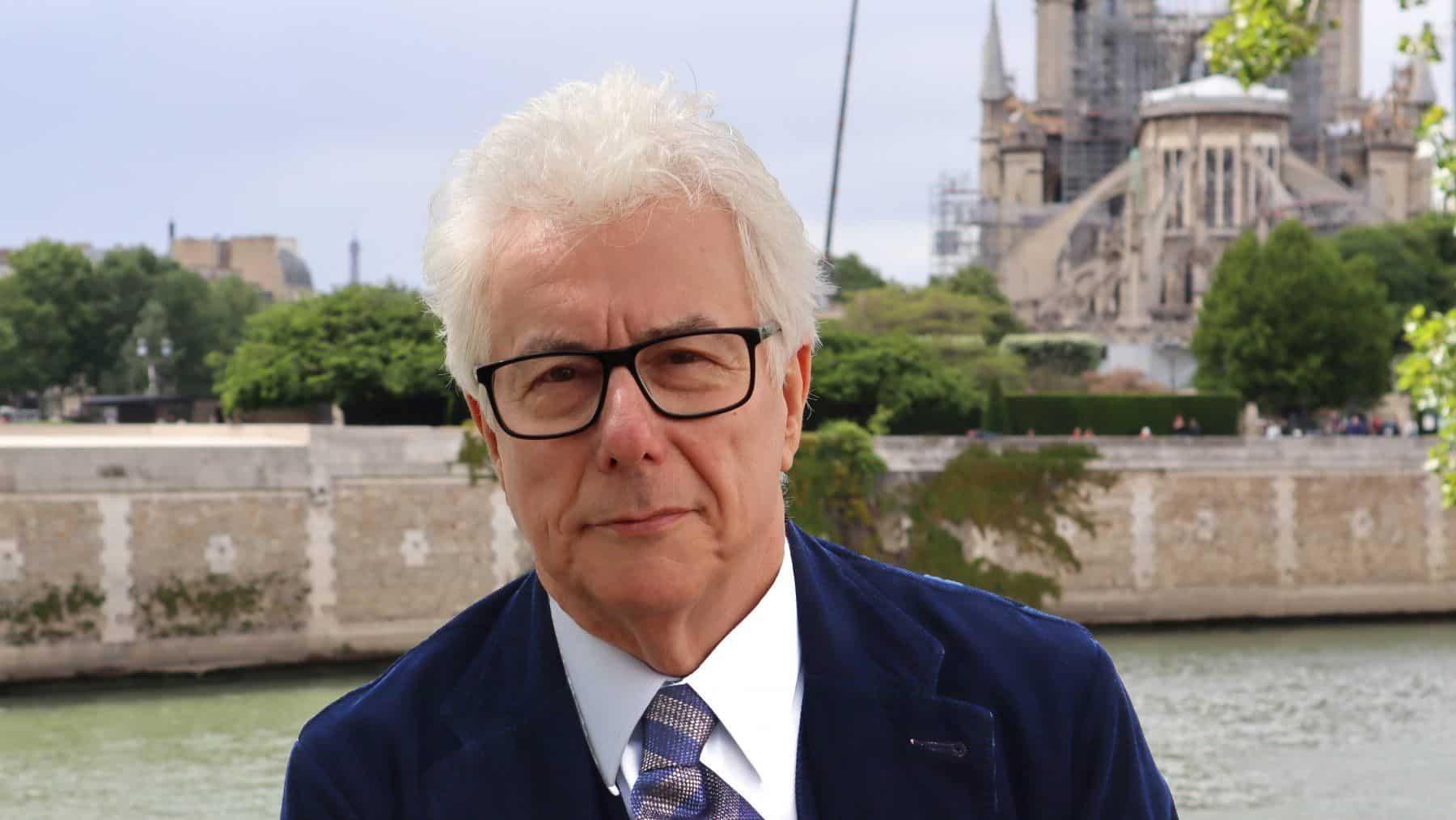 Ken Follet, le cattedrali e Notre-Dame