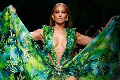 Image: Versace Spring/Summer 2020 collection during fashion week in Milan