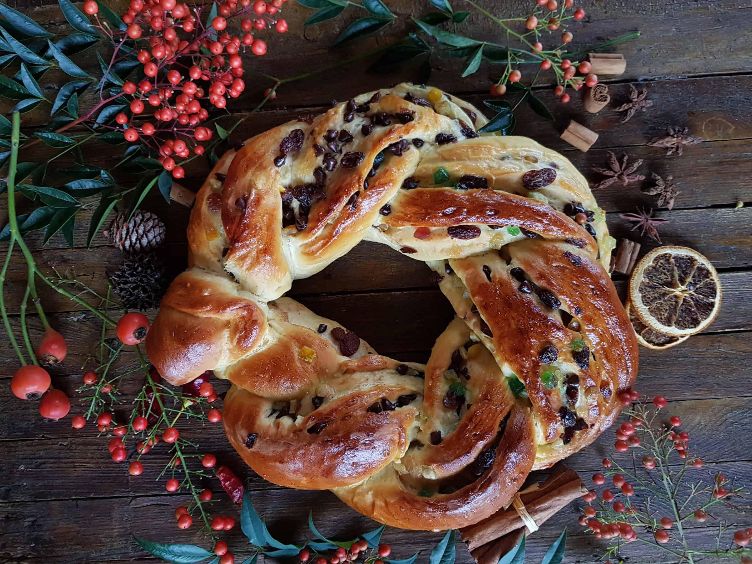Torta Angelica, la treccia dolce  che profuma di Natale