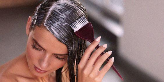 Come colorare i capelli a casa come un professionista