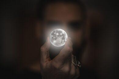 moon-2134881_1280