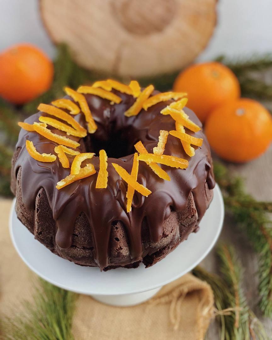 Ciambella 4/4 all'arancia e cioccolato
