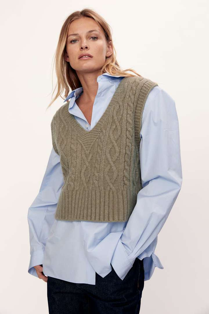 Gilet in maglia: il capo più cool di stagione