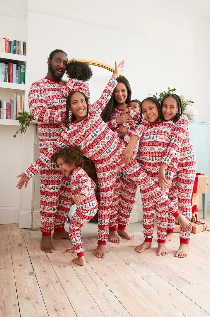 Pigiami natalizi per tutta la famiglia
