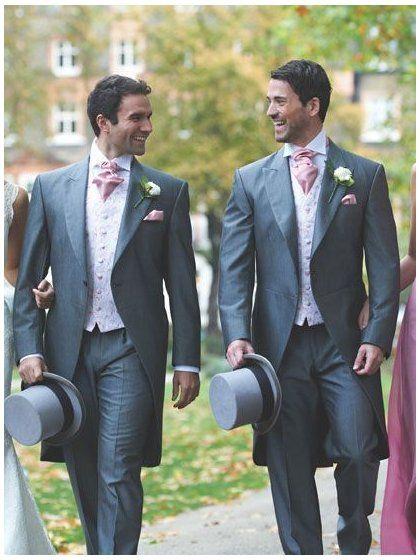 Lo Sposo: di che colore si deve vestire