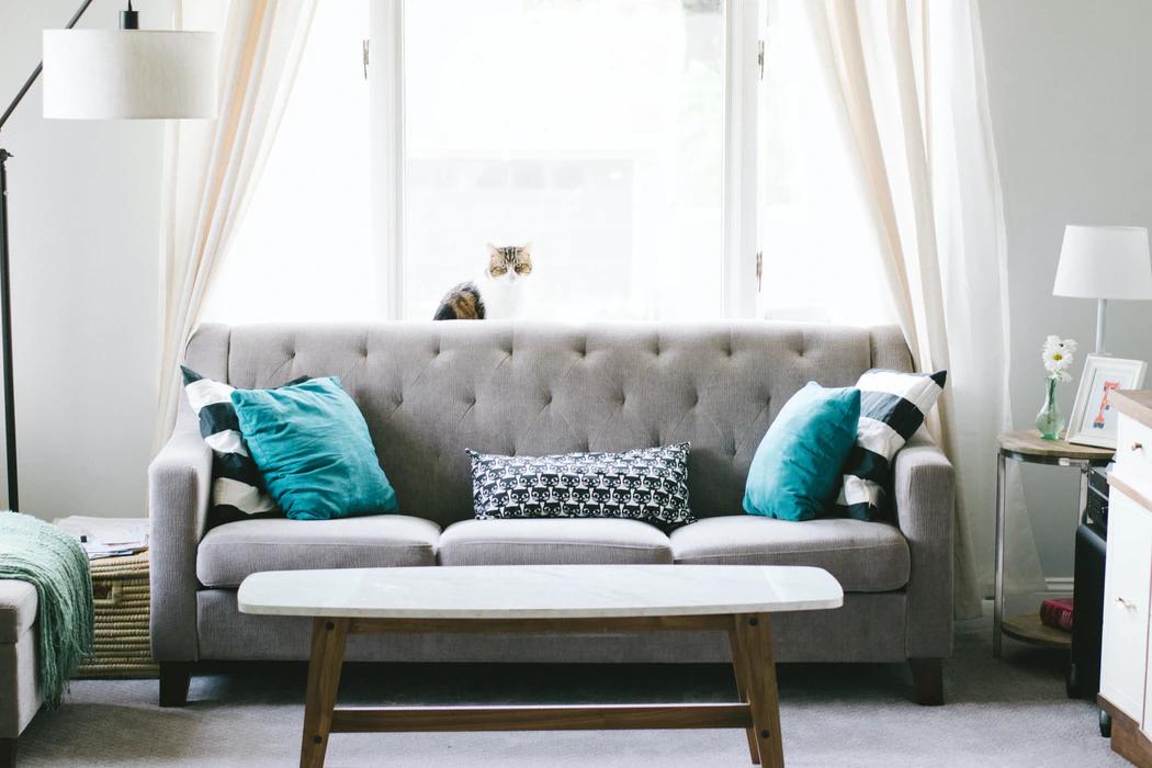 Come pulire un divano