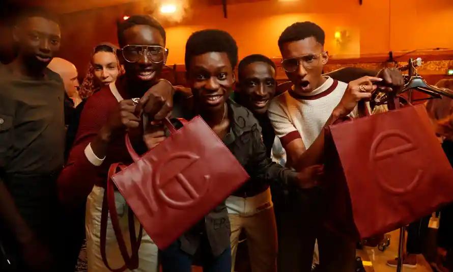 Le genderless bags