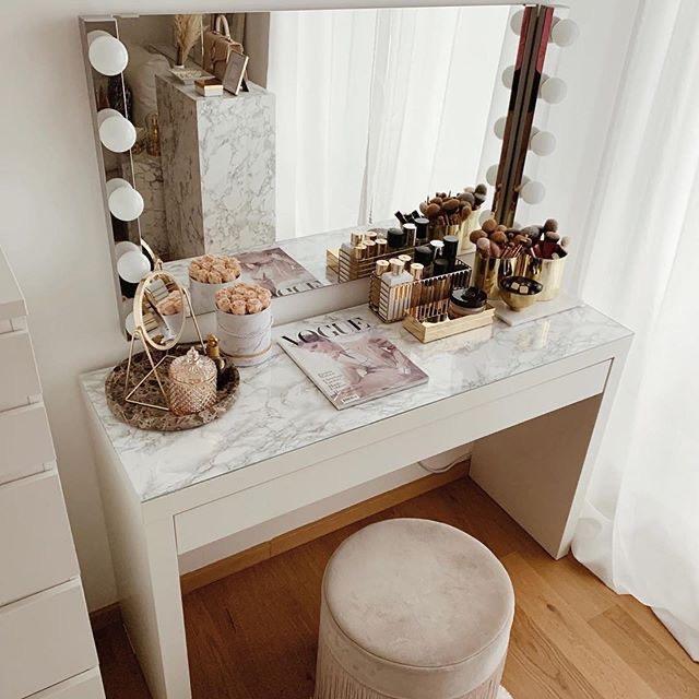 Specchio make up