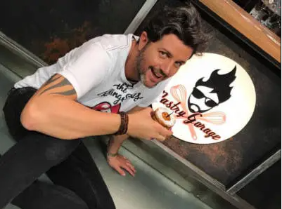 pastry garage - servida